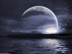 حقیقت روز و شب چیست؟ چرا شب برای عبادت، مناسبتر است؟